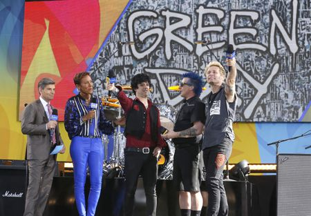 GEORGE STEPHANOPOULOS, ROBIN ROBERTS, GREEN DAY
