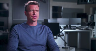 """04. Scott Foley, """"Will Chase"""" & Producer, On the show's action scenes"""