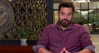 "06. Jake Johnson, ""Grey McConnell"", On the premise of the show"