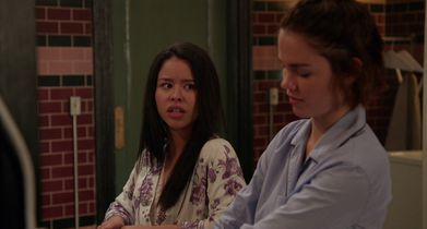 02. Mariana, Callie and David talk about hooking up at work