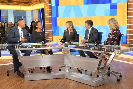 MICHAEL STRAHAN, ROBIN ROBERTS, ELLEN POMPEO, GEORGE STEPHANOPOULOS, SARA HAINES