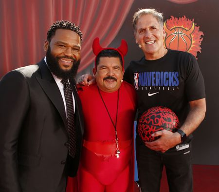 ANTHONY ANDERSON, GUILLERMO RODRIGUEZ, MARK CUBAN