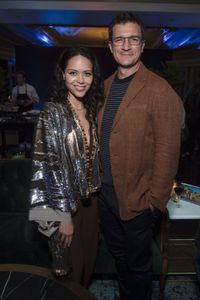ALYSSA DIAZ, NATHAN FILLION
