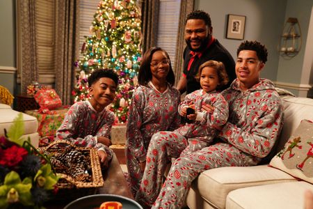 MILES BROWN, MARSAI MARTIN, AUGUST AND BERLIN GROSS, ANTHONY ANDERSON, MARCUS SCRIBNER