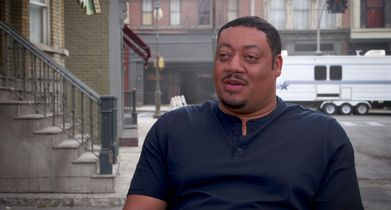 "09. Cedric Yarbrough, ""Speechless"" On the TGIF promo shoot"