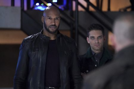HENRY SIMMONS, JEFF WARD
