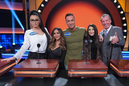 "JENNIFER LYNN ""JWOWW"" FARLEY, NICOLE ELIZABETH ""SNOOKI"" LAVALLE, MICHAEL ""THE SITUATION"" SORRENTINO, DEENA NICOLE CORTESE, ANTONIO ""UNCLE NINO"" GIAIMO"