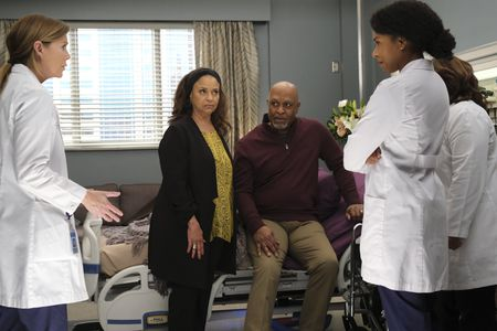 ELLEN POMPEO, DEBBIE ALLEN, JAMES PICKENS JR., KELLY MCCREARY