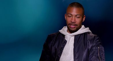 "01. Charles Michael Davis, ""Ted"", On his character"