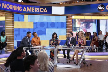 MICHAEL STRAHAN, ROBIN ROBERTS, KERRY WASHINGTON, GEORGE STEPHANOPOULOS, LARA SPENCER