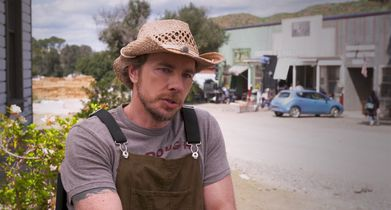 "09. Dax Shepard, ""Mike"" & Executive Producer, On the show's comedic sensibility"
