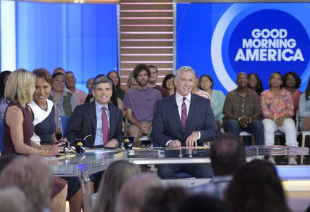 AMY ROBACH, ROBIN ROBERTS, GEORGE STEPHANOPOULOS, SAM CHAMPION
