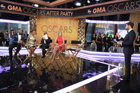 MICHAEL STRAHAN, ROBIN ROBERTS, GEORGE STEPHANOPOULOS, AMY ROBACH, SCOTT ROGOWSKY