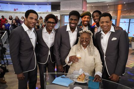 CAST OF AIN'T TOO PROUD, WHOOPI GOLDBERG