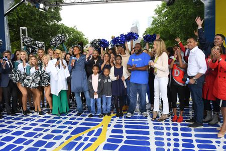 GEORGE STEPHANOPOULOS, PATTI LABELLE, ROBIN ROBERTS, MAYOR JIM KENNEY, CHARLES REYES AND FAMILY, LARA SPENCER, TJ HOLMES, MICHAEL STRAHAN