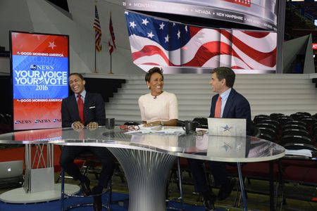 TJ HOLMES, ROBIN ROBERTS, GEORGE STEPHANOPOULOS