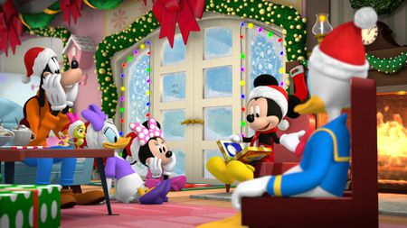 GOOFY, DAISY DUCK, MINNIE MOUSE, MICKEY MOUSE, DONALD DUCK