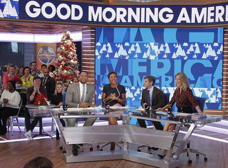 MICHAEL STRAHAN, ROBIN ROBERTS, GEORGE STEPHANOPOULOS, LARA SPENCER
