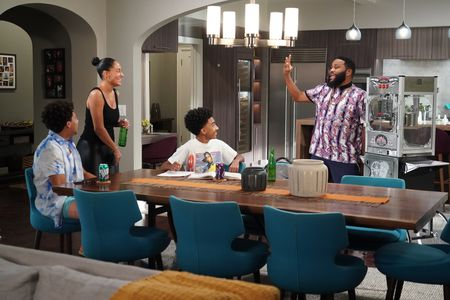TRACEE ELLIS ROSS, MILES BROWN, ANTHONY ANDERSON