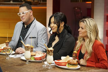 GRAHAM ELLIOT, AYESHA CURRY, CAT CORA