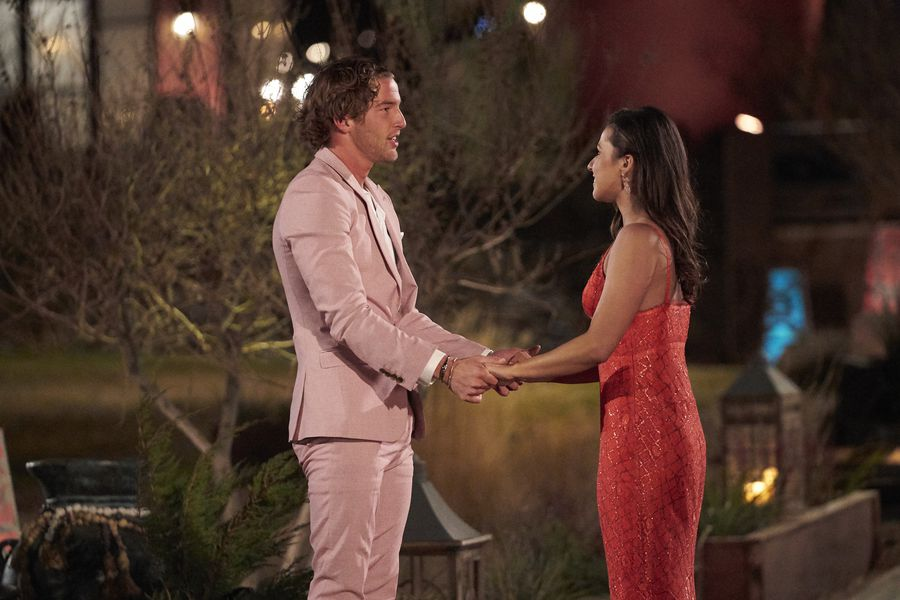 Bachelorette 17 - Katie Thurston - June 7 - Season Preview - M&G - NO Discussion - *Sleuthing Spoilers* - Page 6 156990_9293-900x0