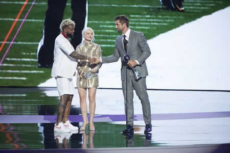 ODELL BECKHAM JR., DOVE CAMERON, AARON RODGERS