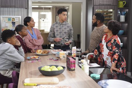 MILES BROWN, MARSAI MARTIN, TRACEE ELLIS ROSS, MARCUS SCRIBNER, ANTHONY ANDERSON, JENIFER LEWIS
