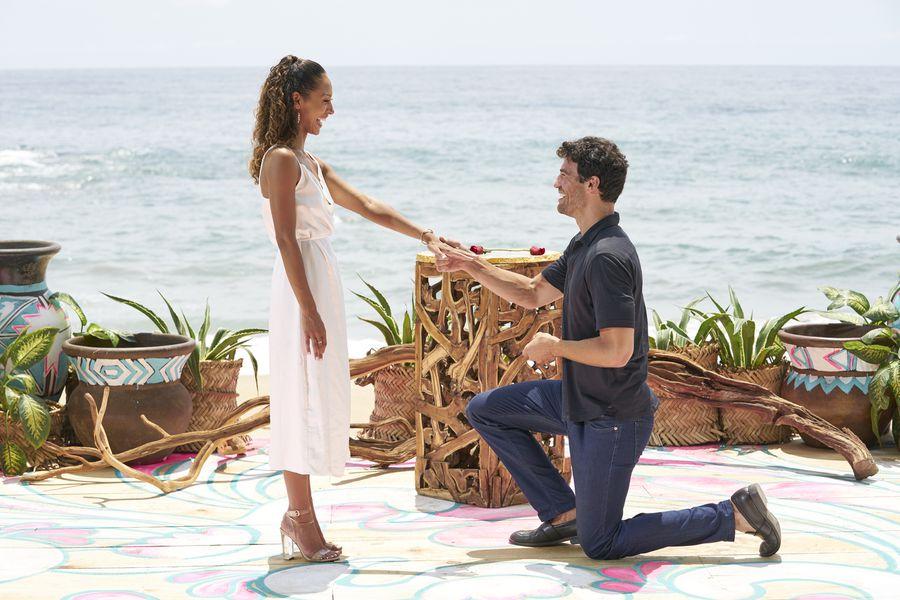 Joe Amabile & Serena Pitt - Bachelor in Paradise 7 - Discussion 157100_2808-900x0