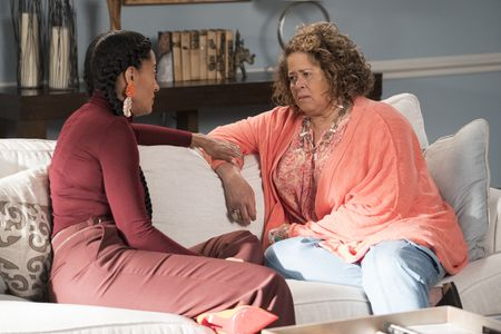 TRACEE ELLIS ROSS, ANNA DEAVERE SMITH