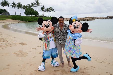 MICKEY MOUSE, LIONEL RICHIE, MINNIE MOUSE