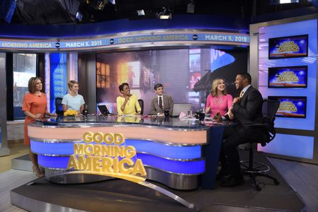 GINGER ZEE, AMY ROBACH, ROBIN ROBERTS, GEORGE STEPHANOPOULOS, LARA SPENCER, MICHAEL STRAHAN