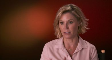 "08. Julie Bowen, ""Claire Dunphy"", On a memorable moment from the show"
