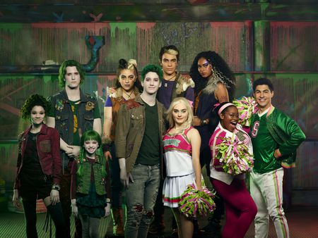 KYLEE RUSSELL, JAMES GODFREY, KINGSTON FOSTER, ARIEL MARTIN, MILO MANHEIM, PEARCE JOZA, MEG DONNELLY, CHANDLER KINNEY, CARLA JEFFERY, TREVOR TORDJMAN