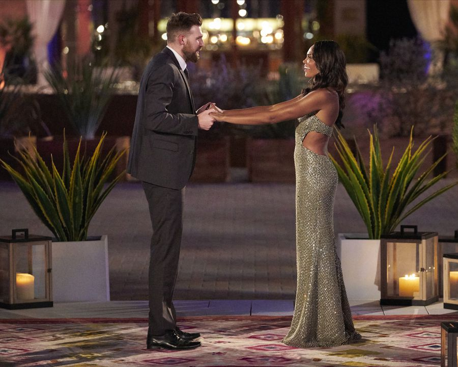 Chris Gallant - Bachelorette 18 - *Sleuthing Spoilers*  - Page 13 157142_7006-900x0