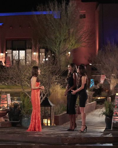 Bachelorette 17 - Katie Thurston - June 7 - Season Preview - M&G - NO Discussion - *Sleuthing Spoilers* - Page 6 156990_0546-400x0