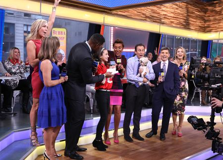 LARA SPENCER, GINGER ZEE, MICHAEL STRAHAN, SOPHIE SCHNEIDER, ROBIN ROBERTS, DR. JEFF WERBER, GEORGE STEPHANOPOULOS, AMY ROBACH