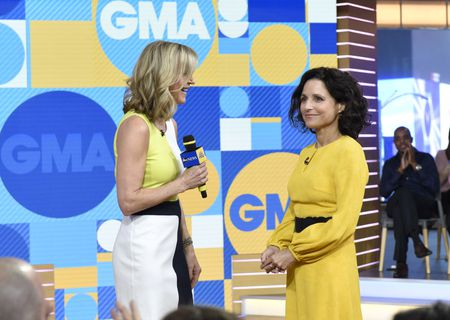 LARA SPENCER, JULIA LOUIS-DREYFUS