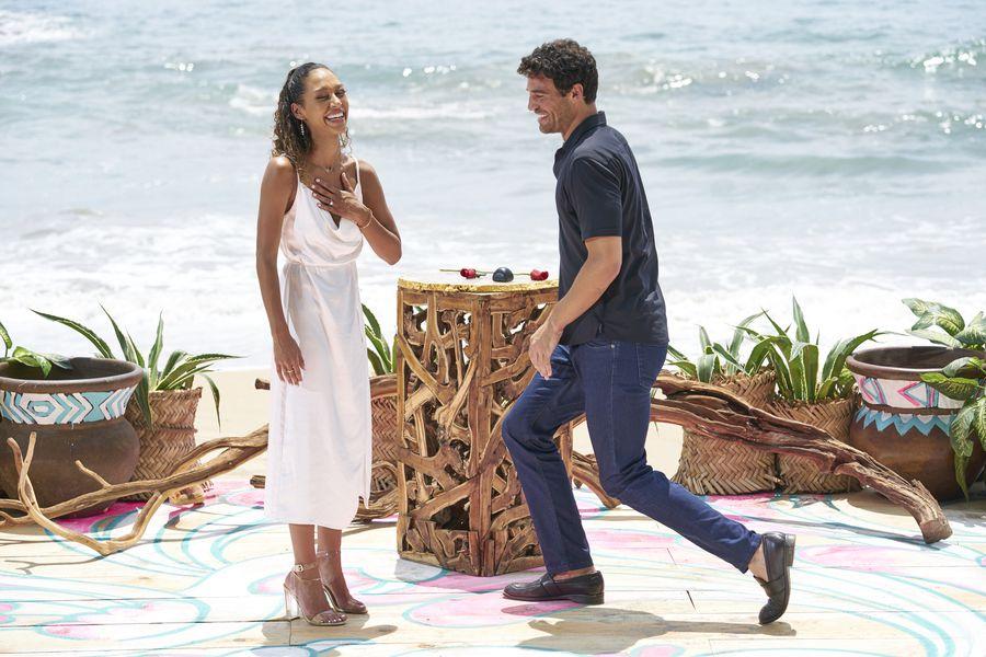 Joe Amabile & Serena Pitt - Bachelor in Paradise 7 - Discussion 157100_2752-900x0