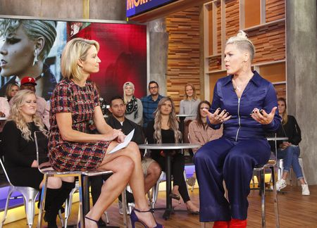 AMY ROBACH, PINK