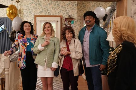 STEPHANIE COURTNEY, JENNIFER IRWIN, MINDY STERLING, CEDRIC YARBROUGH