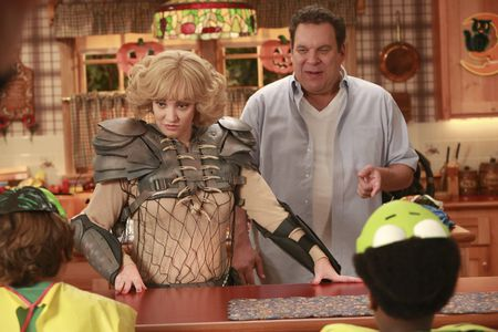 WENDI MCLENDON-COVEY, JEFF GARLIN