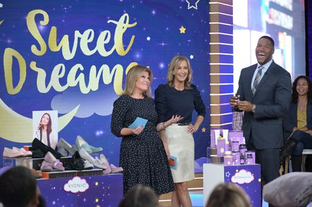 TORY JOHNSON, LARA SPENCER, MICHAEL STRAHAN