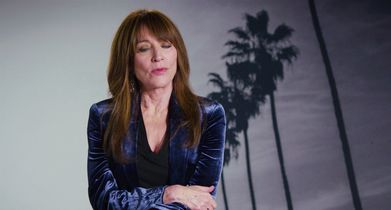 "02. Katey Sagal, ""Annie 'Rebel' Bello"", On her character's rebellious approach"