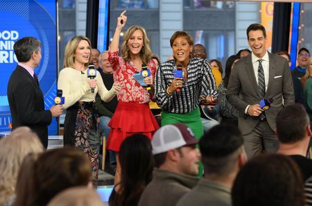 GEORGE STEPHANOPOULOS, AMY ROBACH, LARA SPENCER, ROBIN ROBERTS, ROB MARCIANO
