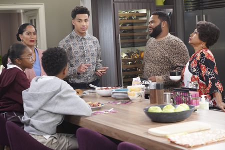 MARSAI MARTIN, TRACEE ELLIS ROSS, MARCUS SCRIBNER, ANTHONY ANDERSON, JENIFER LEWIS