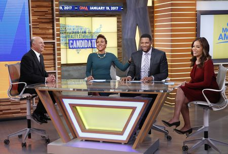 KEVIN O'LEARY, ROBIN ROBERTS, MICHAEL STRAHAN, SUNNY HOSTIN