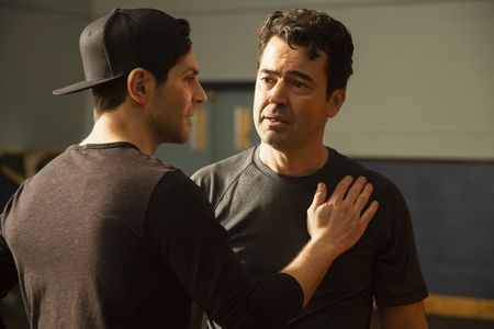 DAVID GIUNTOLI, RON LIVINGSTON
