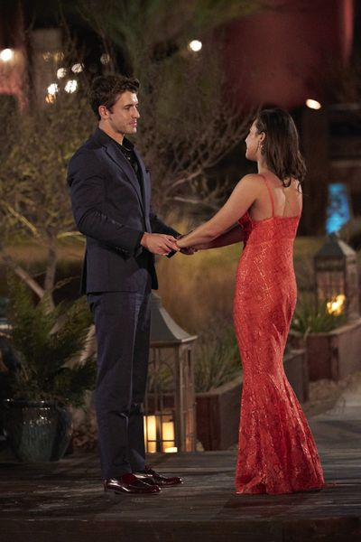 Bachelorette 17 - Katie Thurston - June 7 - Season Preview - M&G - NO Discussion - *Sleuthing Spoilers* - Page 6 156990_9154-400x0