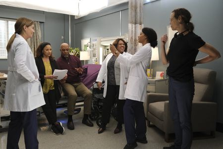 ELLEN POMPEO, DEBBIE ALLEN, JAMES PICKENS JR., CHANDRA WILSON, KELLY MCCREARY