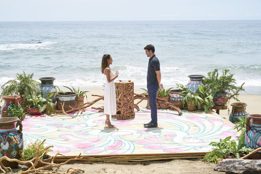 Joe Amabile & Serena Pitt - Bachelor in Paradise 7 - Discussion 157100_6715-900x0